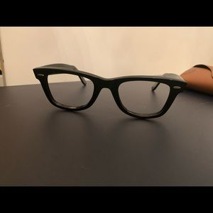 Ray Ban classic eyewear glasses authentic